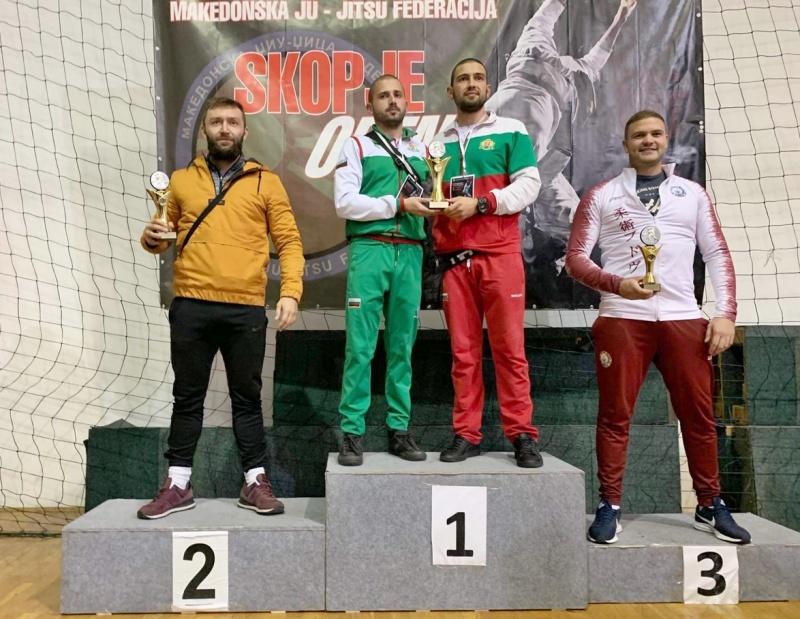 Бургаските полицаи натръшкаха конкуренцията на международен турнир по джу джицу