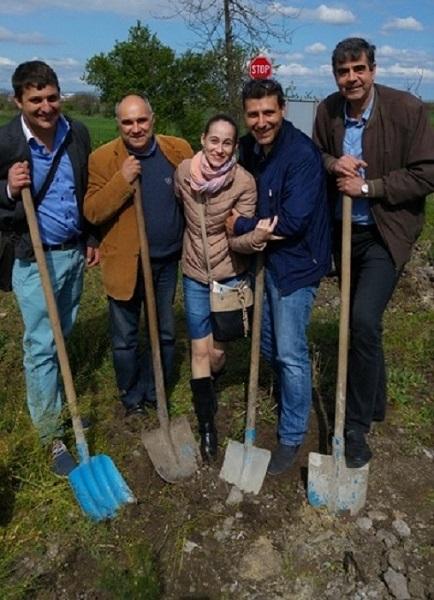 ГЕРБ - Бургас с нова акция по залесяване