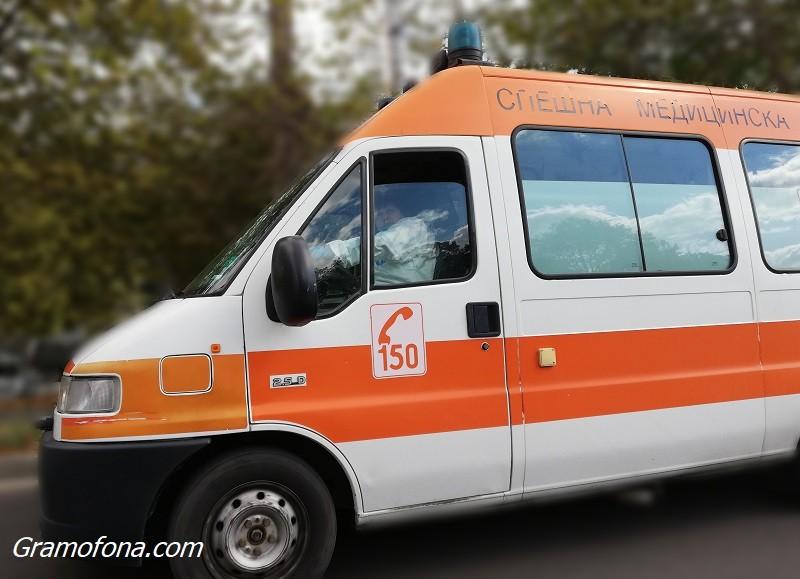 Тежък инцидент в София: Скеле се срути и затрупа работници, един е загинал