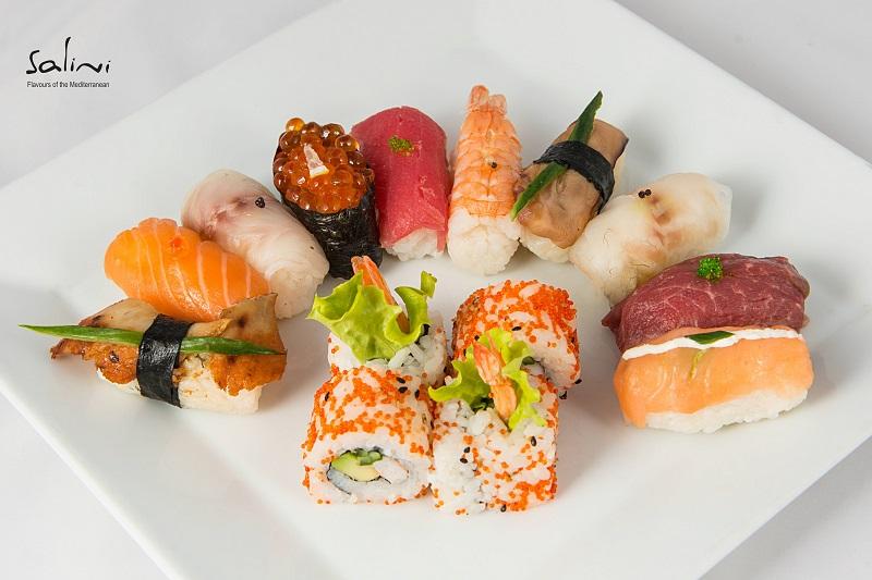 Вкусете Япония в класна обстановка на крачка от морето