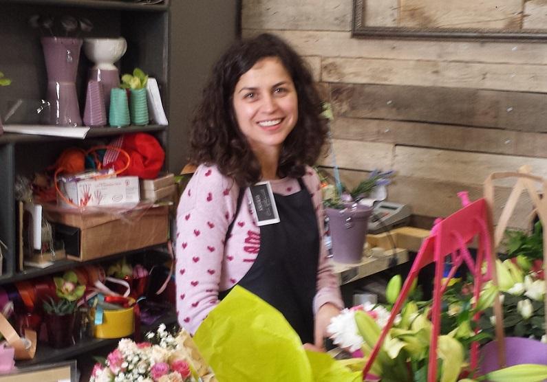 Флорист  продължава 25-годишна традиция в Бургас