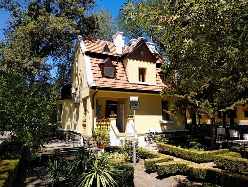 Духтевата къща в Бургас вече е с ремонтиран покрив