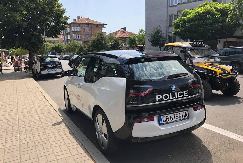 Полицаите в Царево и Лозенец ще гонят престъпници с електромобили