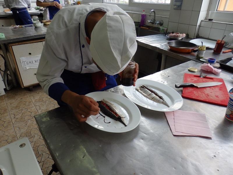 Готвачите от ТОХ-а мериха сили в кухнята