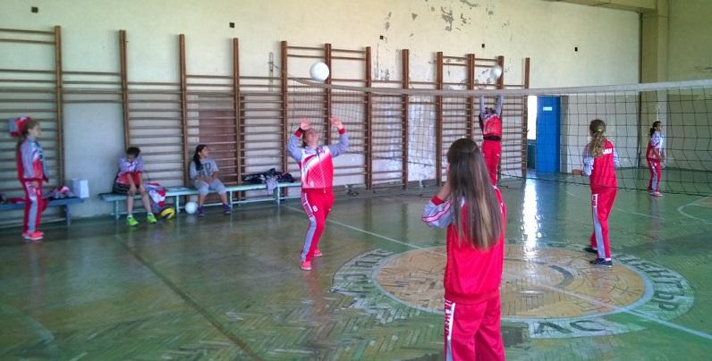 Бургас домакин на кръг от републиканското по волейбол за деца