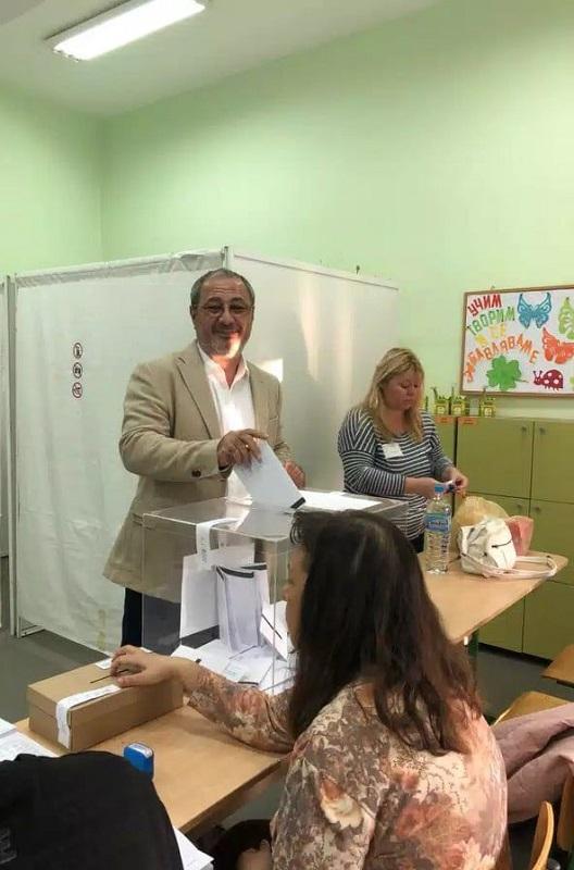 Д-р Георги Митев: Със своя глас подкрепям свободомислещите хора, които променят Бургас към по-добро