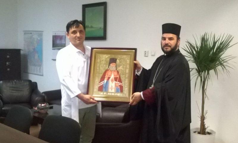 Икона на светец–хирург ще закриля лекари и пациенти на УМБАЛ Бургас