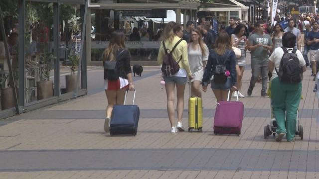 За половин година: 2,5 млн. чужденци са почивали в България