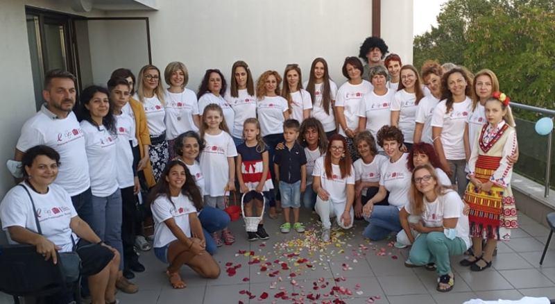 """""""Жените в онкологията"""" даряват перуки и специални сутиени за дами с онкозаболявания"""