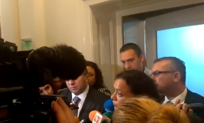 Кметът и бургаски депутати убеждават регионалния министър Бургас да не минава под шапката на Варна
