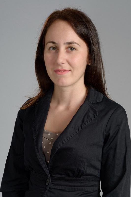 Общинският съветник Калояна Живкова с приемен ден в централата на ГЕРБ-Бургас