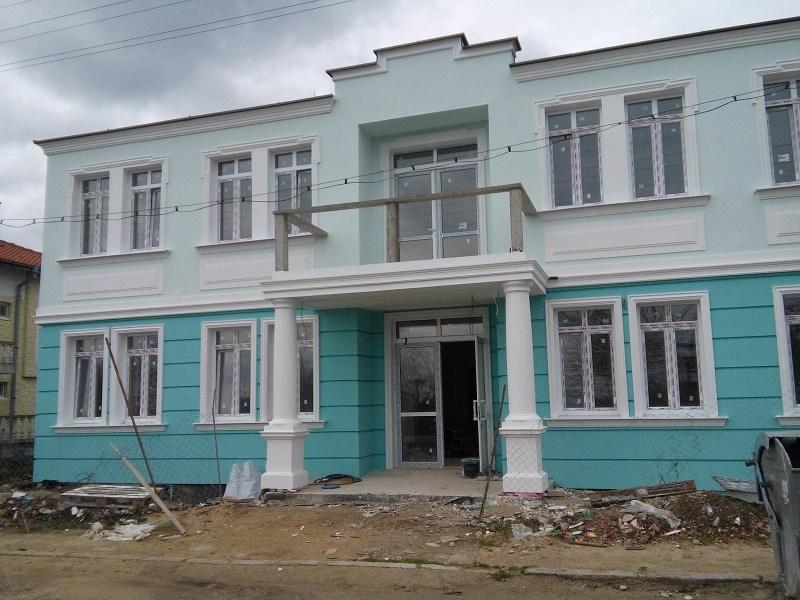 Новото кметство в Синеморец е пред завършване