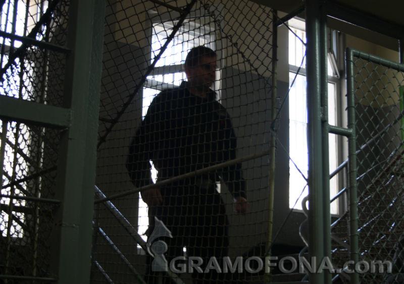 Затворници искат секс без камери