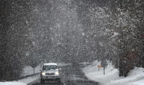 Снежна буря в Европа
