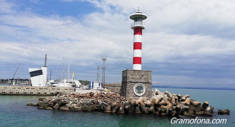 Пристанище Бургас - 117 години развитие