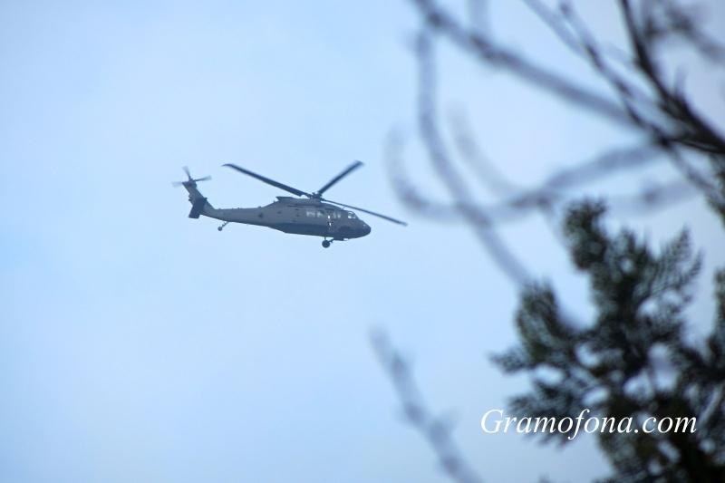Черни военни хеликоптери стреснаха бургазлии