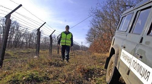 Гранични полицаи катастрофираха край Малко Търново