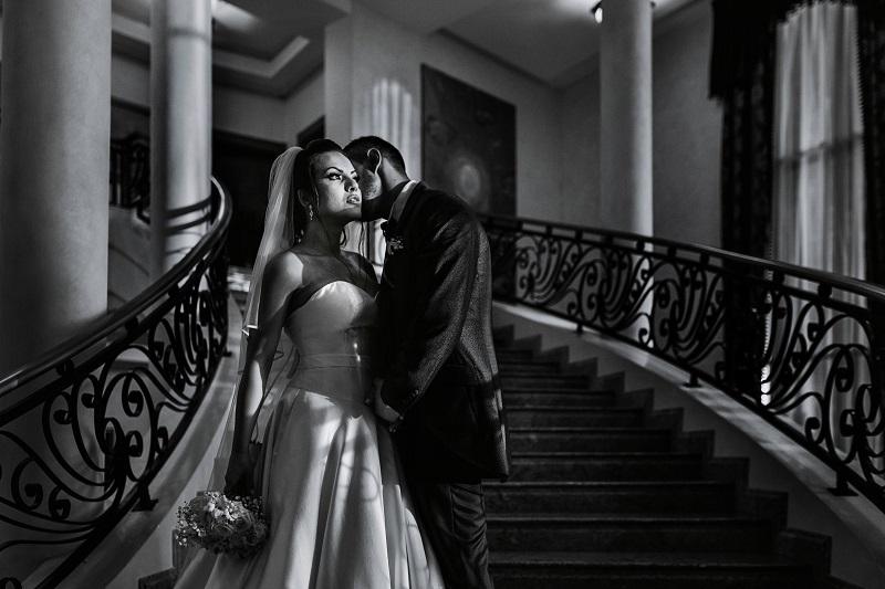 Ивелин Илиев: Предизвикателство за сватбения фотограф е да улови пълно емоцията и на всяка сватба да прави нещо различно