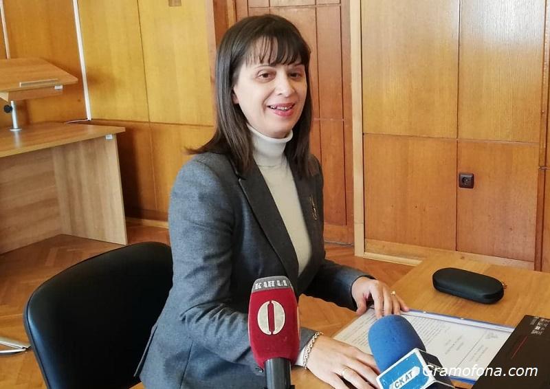 Росица Темелкова: Разводите и делата за родителски права да минават през медиатори, а не съдии