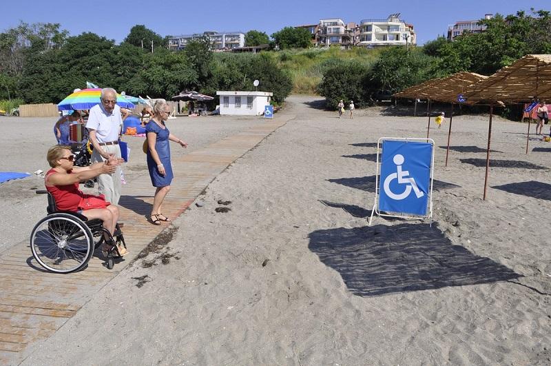 Проверяват бургаските плажове, достъпни ли са за хората с увреждания