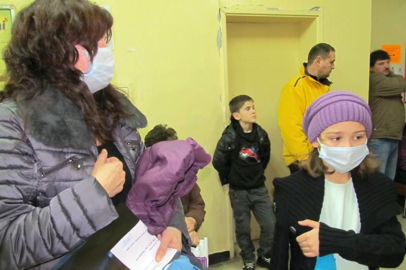 Всички 273 училища в София затварят врати за 10 дни