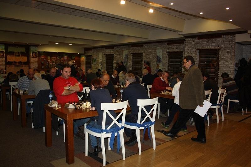 Турнирът в памет на Янко Гюзелев събра най-добрите шахматисти в Бургас