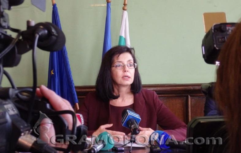 106 избраха Меглена Кунева за министър на образованието