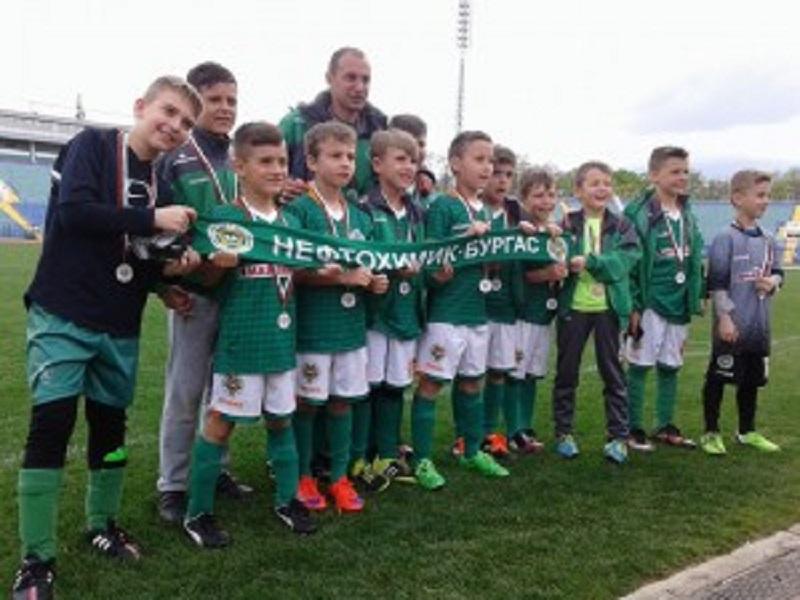 Малките  шейхове  заеха осмо място в турнира по Футбол 7
