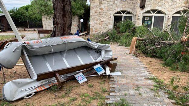 Няма данни за пострадали българи при бурята в Гърция