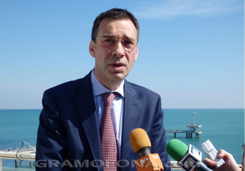 Димитър Николов към Лукойл: Здравето на хората е по- важно от работните места, които осигурявате