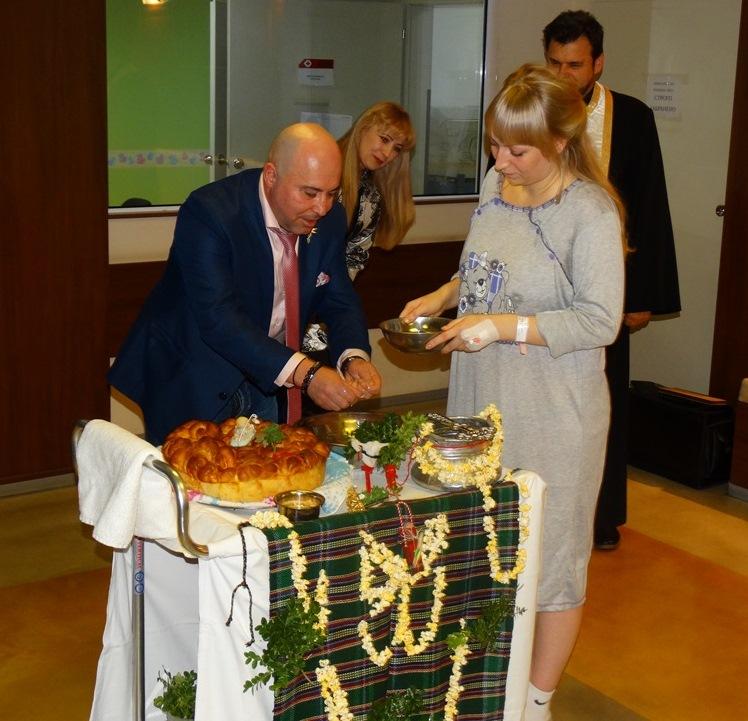 """В университетска болница """"Дева Мария"""" празнуват девети Бабинден с 9300 родени бебета"""