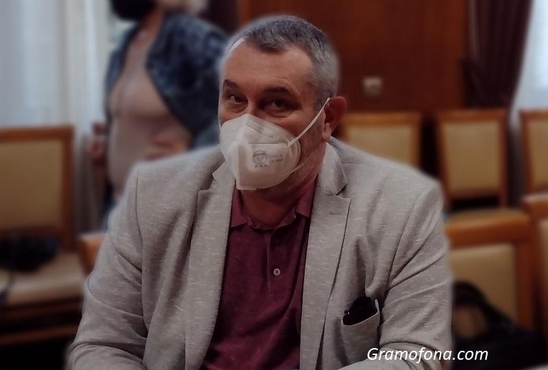 Д-р Георги Паздеров: Само с ваксини ще избегнем нова ковид вълна