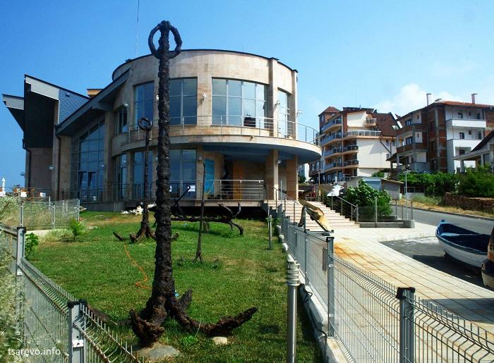 Три интересни изложби в Музея на котвата в Ахтопол