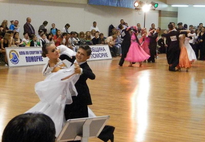 400 танцови двойки в надпревара за Купа Поморие- 2016