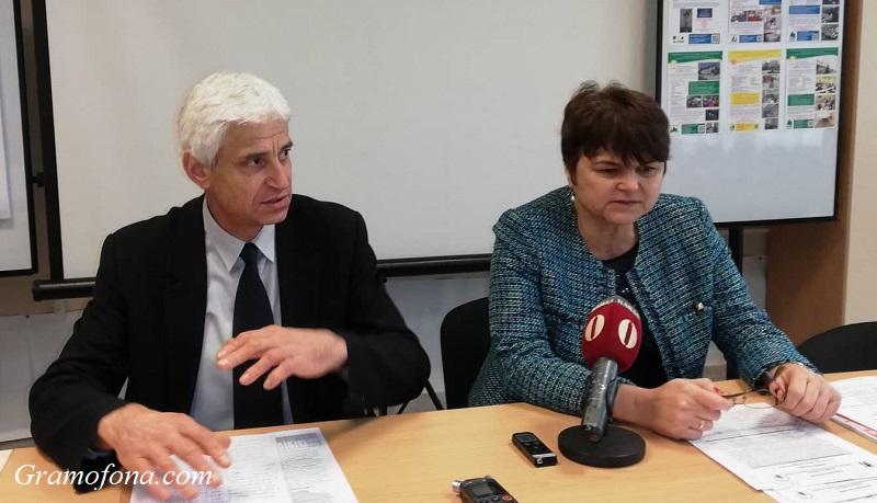 Само в Бургаско за работа се търсят хора без образование, почти никой не искал специалисти