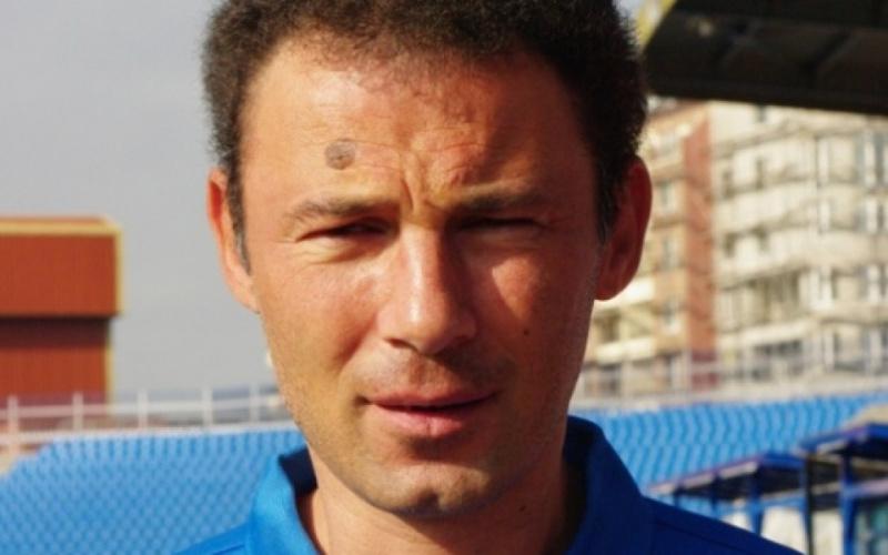 Нов треньор повежда футболния Черноморец