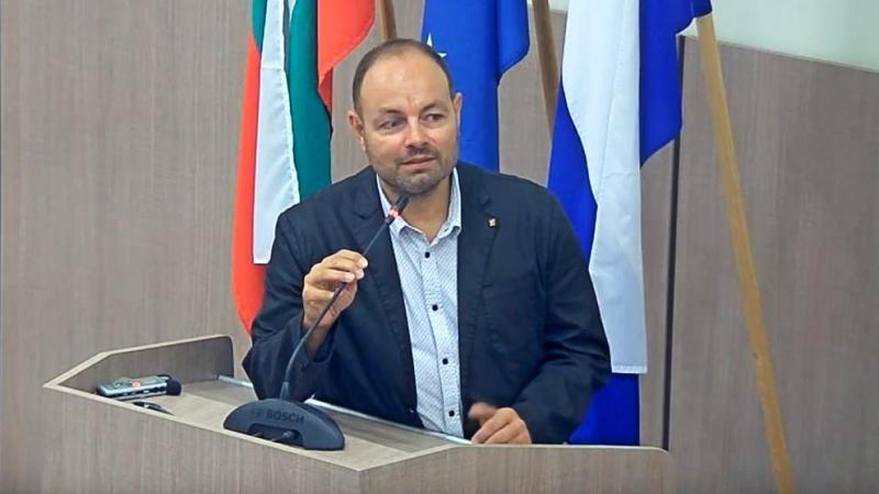 Георги Дракалиев: НФСБ ще претърпят крах, ако се явят с водач Валери Симеонов на евроизборите