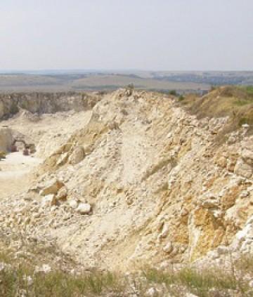 Взривове край Горно Езерово в понеделник и вторник