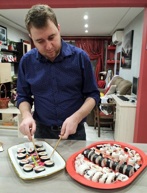 Домашно суши за Нова година на трапезата на колегата Иван Колев