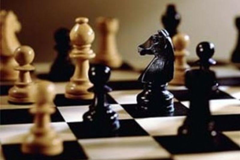 Победи за бургаски шахматисти
