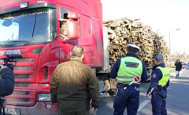МВР и горски по петите на контрабандна дървесина в Бургаска област