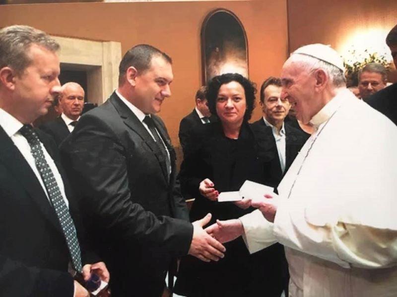 Какво си казаха папа Франциск и Ивелина Василева за опазването на околната среда