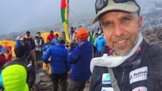 Прекратиха спасителната акция за Боян Петров