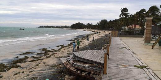 Невиждана от 60 години буря връхлетя Мозамбик