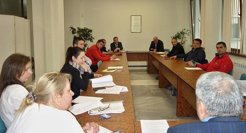 Намаляват с 50 % наемите и таксите за бизнеса в Несебър