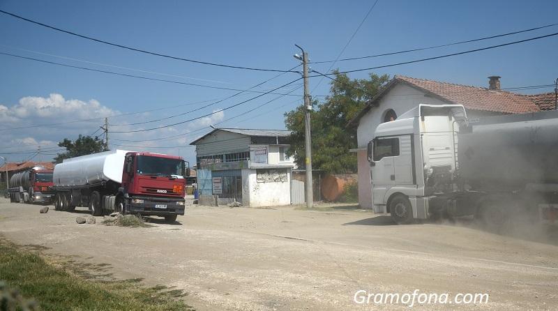 Променят движението в Камено заради ремонта на обходния път