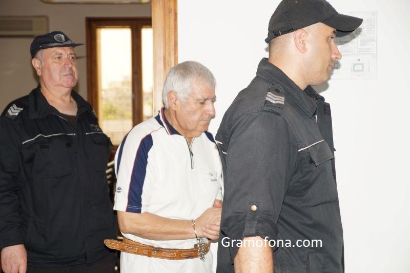 Десет години затвор и 100 хил. лв. кръвнина за убиеца Манол от Сарафово