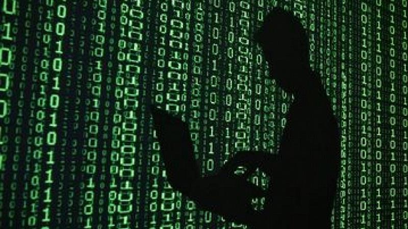 Обучават ученици как да реагират на измами в Интернет