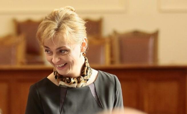 Патриотите отстраниха Полина Карастоянова