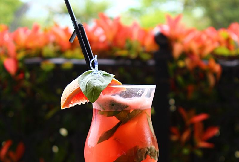 Разхладете и освежете лятото със звездни коктейли и автентично наргиле